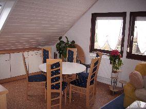 Treppenhaus nach außen verlegen  RenoPlan GmbH